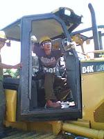 Pekerjaan pembuatan cabin excavator