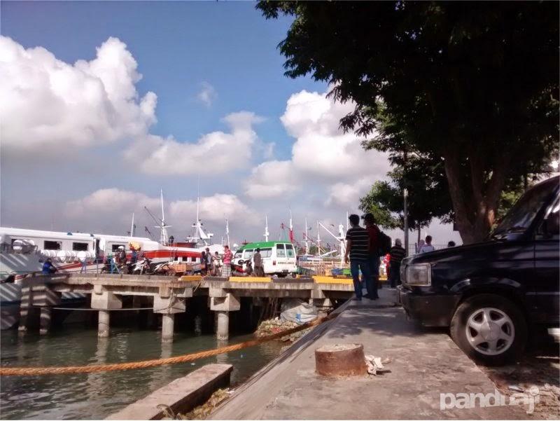 Pelabuhan Gresik