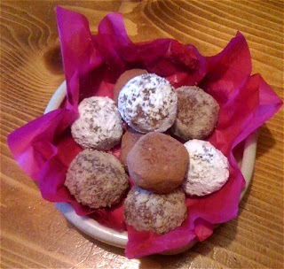 Yum! Chocolate & Baileys Cream Truffles