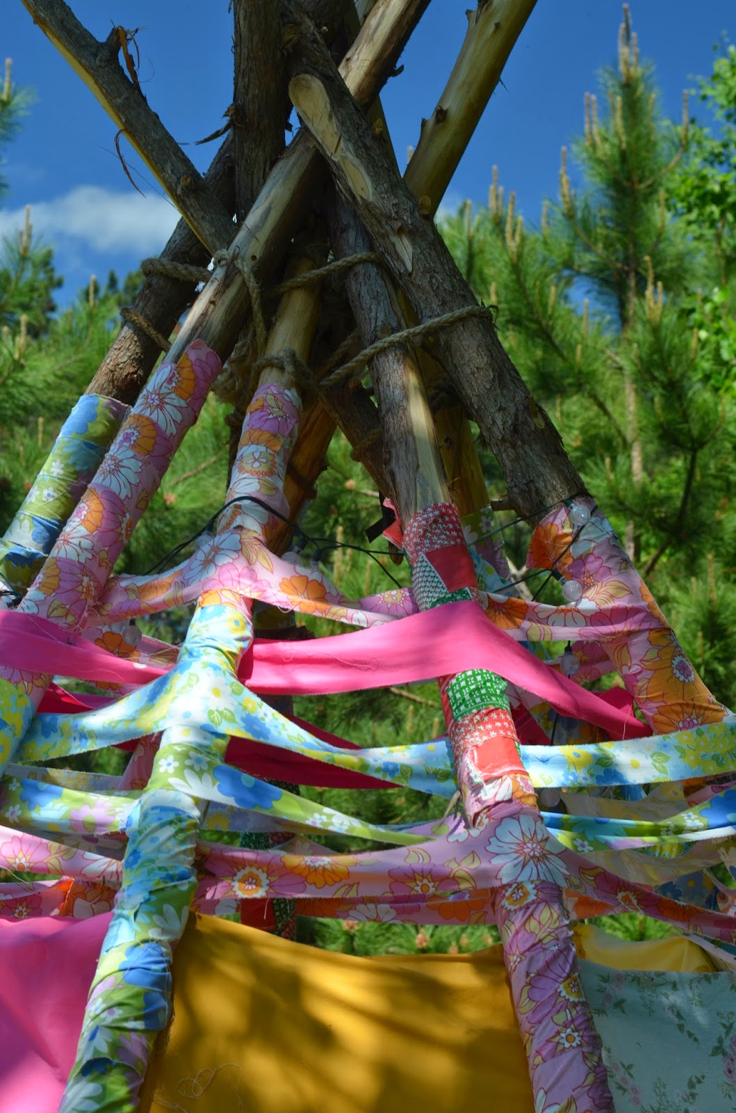 twig and toadstool scrap fabric teepee part two