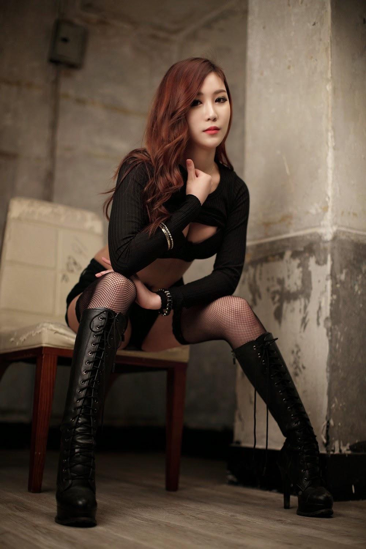 Yoon Chae Won - Sexy Tease