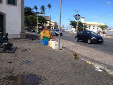 Sem fiscalização a esculhambação toma conta do bairro