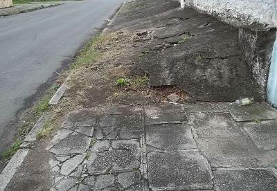 Calçadas com problemas
