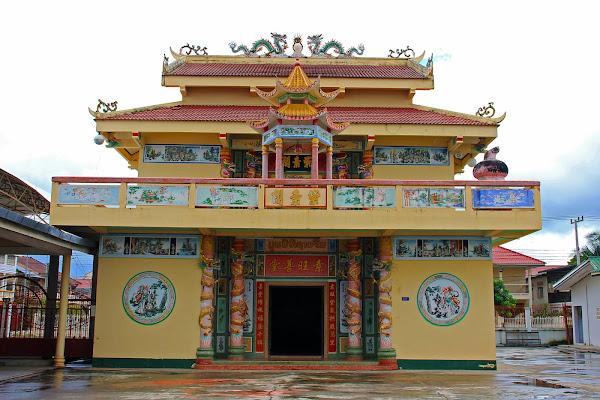 Templo chino en Savannakhet