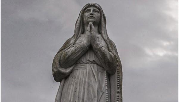 Patung Maria Ballinspittle