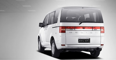 Review Mobil Mitsubishi Delica D5