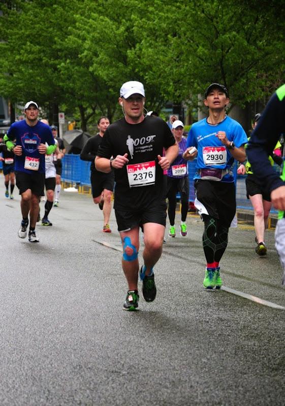 Last dash Vancouver Marathon 2014