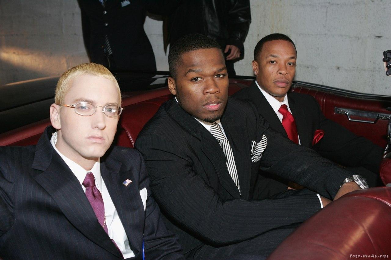http://1.bp.blogspot.com/-Q9GrIsC6qLI/TiLnyRe8NdI/AAAAAAAABIE/vGtZULLRkNg/s1600/50_Cent_Eminem_dr.Dre-photo_001.jpg