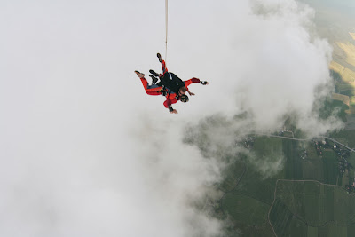 St. Peter-Ording: Fotos eines Tandem-Fallschirmabsprunges über dem ordinger Strand 26