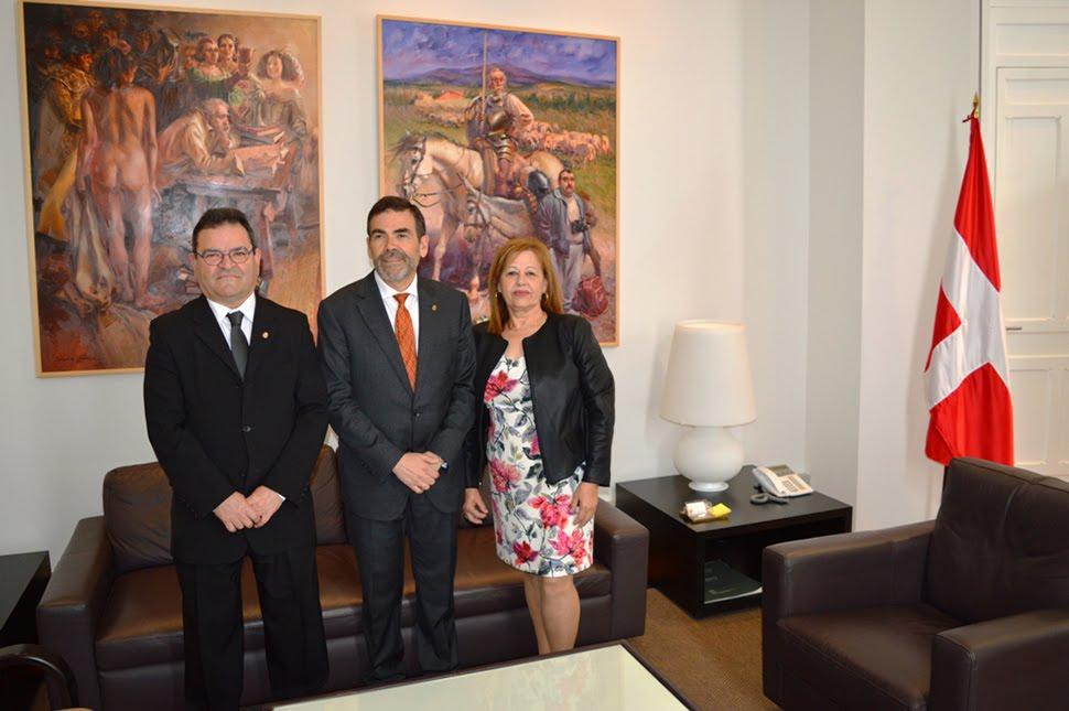 El Alcalde de Cartagena con José María Navarro Cayuela y su esposa