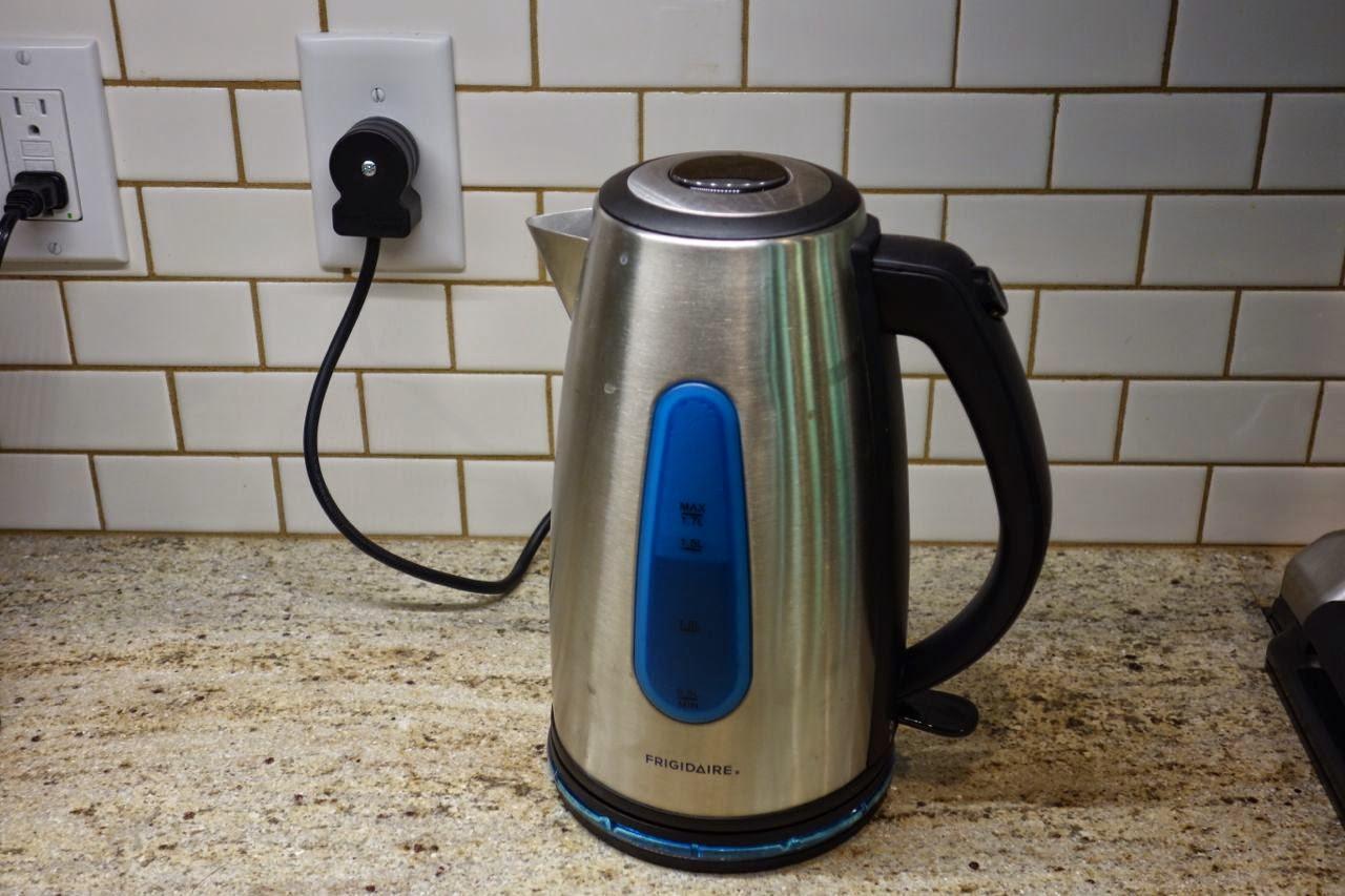 220 Volt Kitchen Appliances Part - 49: My 220 Volt London Tea Kettle