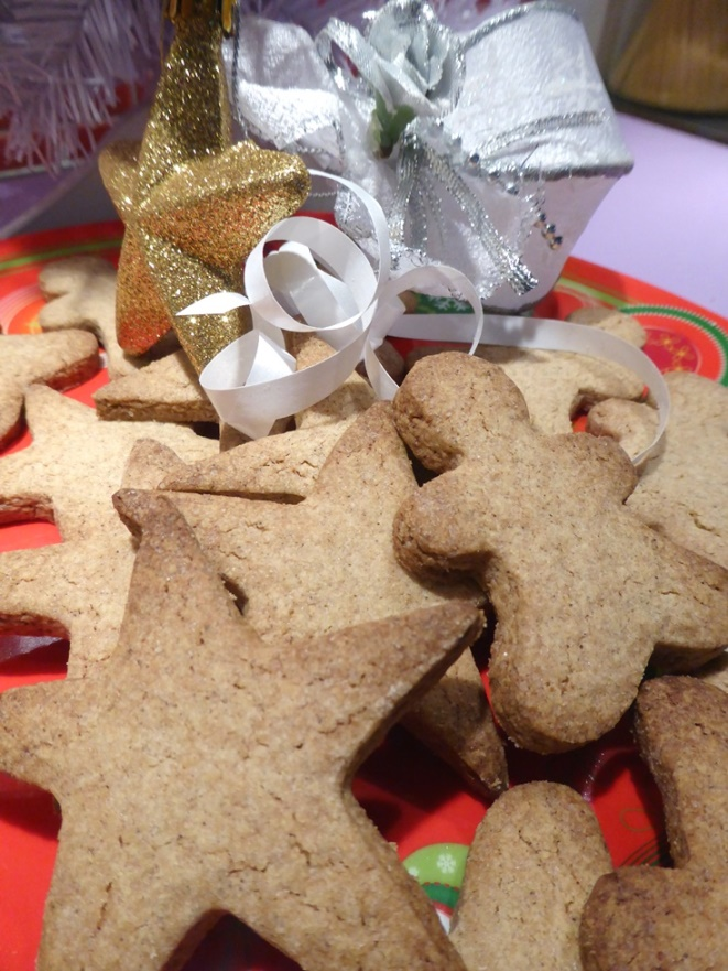 Petits sablés de Noël sans gluten au sarrasin