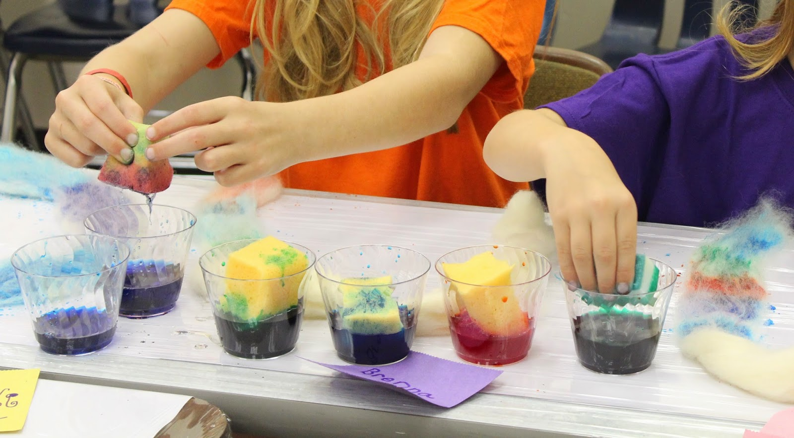 Dyeing with Food Coloring - A Great (And Safe!) Alternative ...