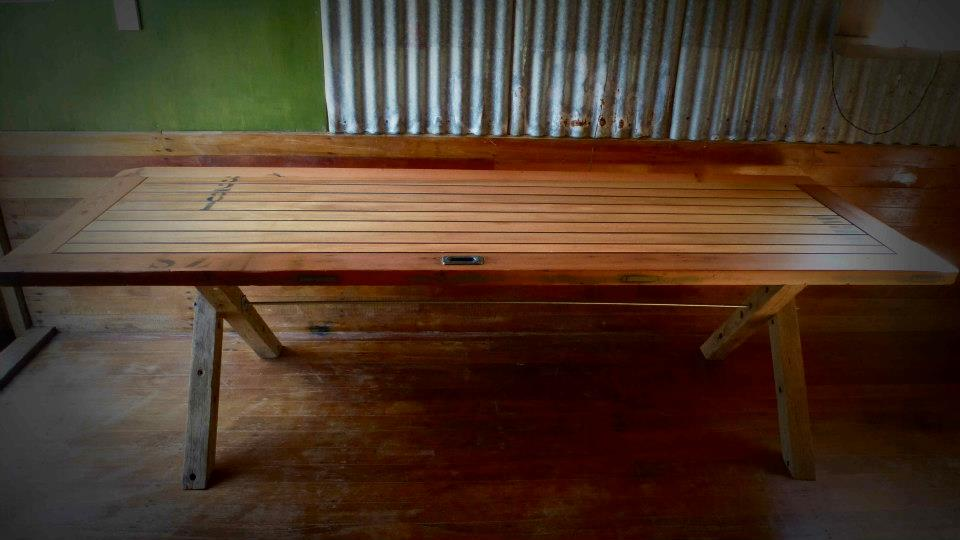 The art of up cycling may 2013 - Make a table from an old door ...