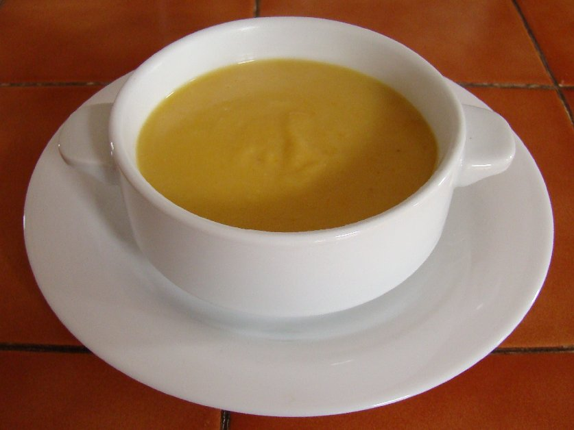 Frog End Food: Yellow split pea soup (2 colours)