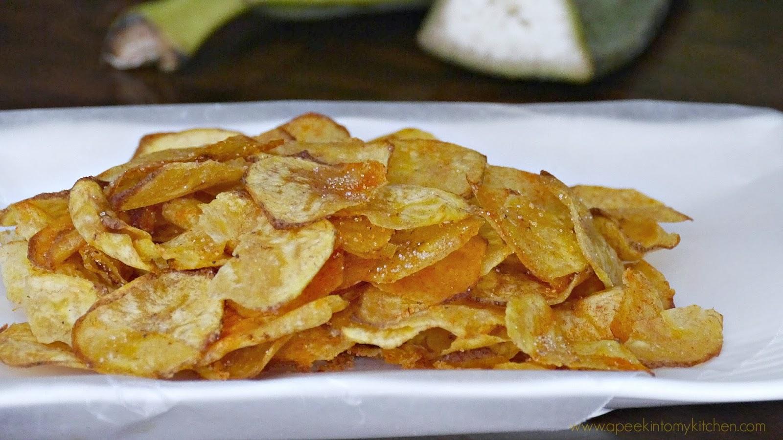 Vazhaikai Varuval / Plantain Chips