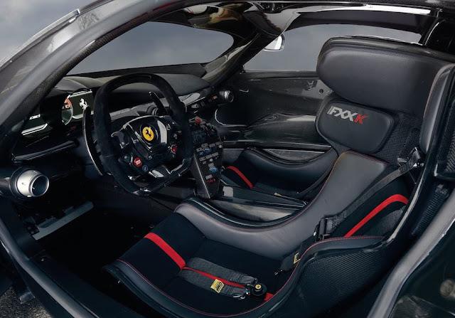 スーパーカー フェラーリFXX K