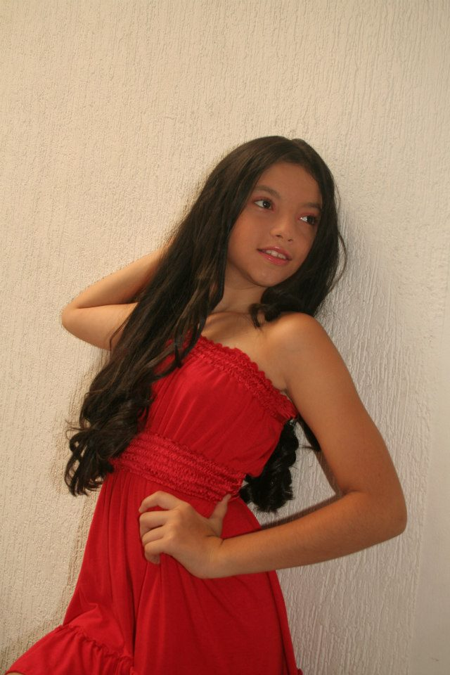 Preteen Lesbian Girls Preteen Latina Model Nn Kids Galery