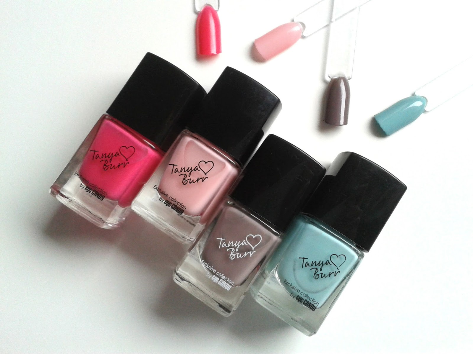 Tanya Burr Lips and Nails Nail Polishes Review Swatch Swatches little duck penguin chic Be Bright Be Happy Be You Mini Marshmallows