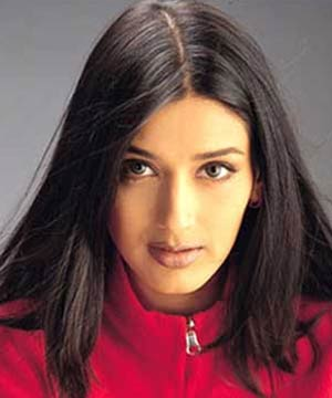 <b>...</b> it's now Bollywood actress Sonali Bendre who was caught <b>without panty</b>. - Sonali_Bendre