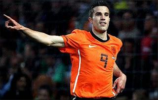 Van Persie tidak masuk dalam skuad timnas Belanda