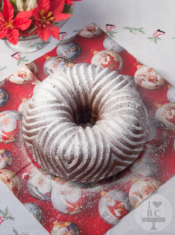 Bundt cake de turrón de chocolate suchard