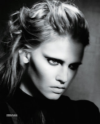 Lara Stone by Paolo Roversi for M Le Monde-2