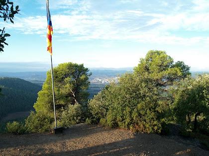 El Serrat de l'Àliga de 527 m.a.