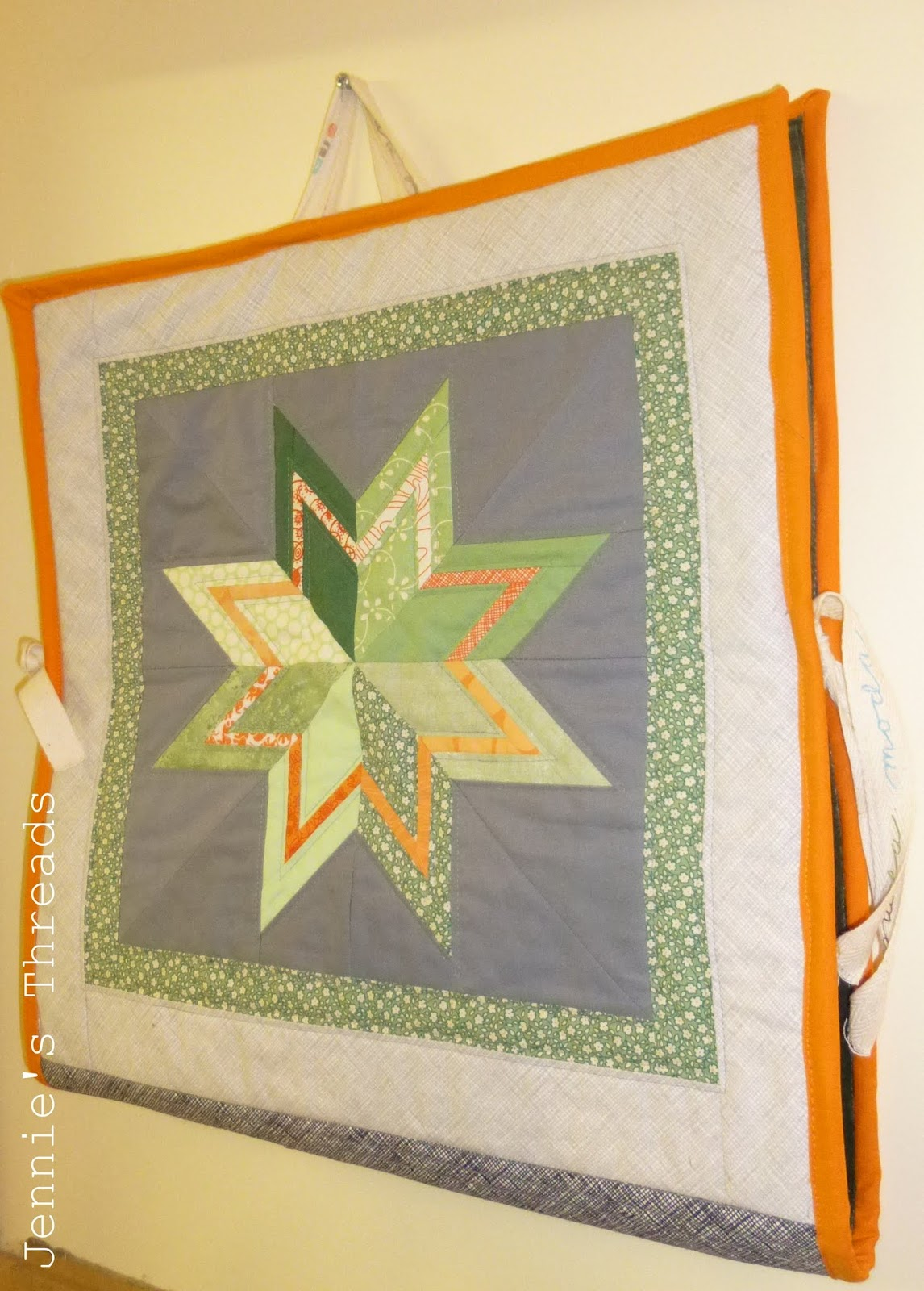 she can quilt: Jennie\'s Block Keeper - a 2013 FAL tutorial