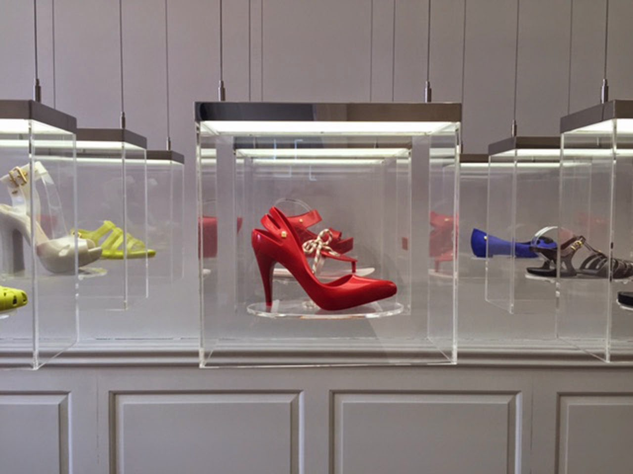 Trendvm Melissa Shoes Collaboration With Gareth Pugh London