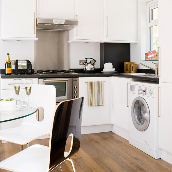 BlackSwaan: House, Home, Stair, Door, Window, Living Room