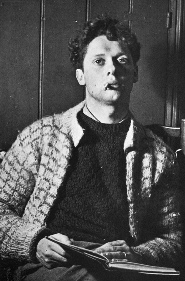 dylan thomas The dylan thomas: poems community note includes chapter-by-chapter summary and analysis, character list, theme list, historical context, author biography and quizzes written by community members like you.