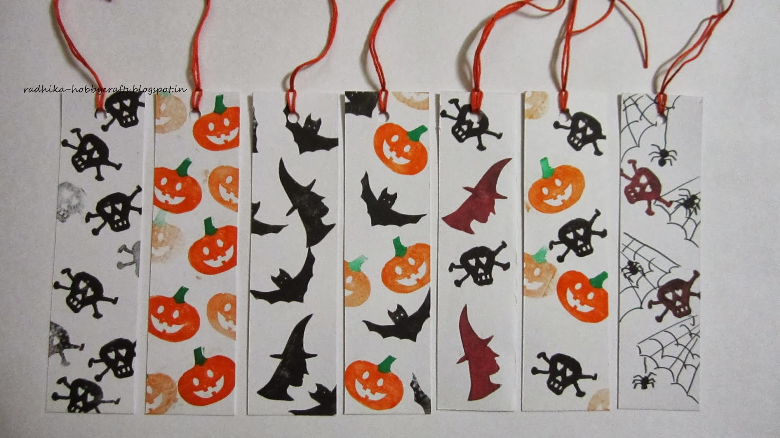 so here are my quick set of halloween bookmarks - Halloween Book Marks