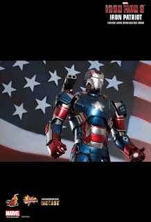 Hot Toys Iron Man 3 - Diecast - Iron Patriot 1/6 Scale Figure