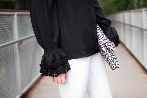 vava off the should top, revolve clothing, new england style blogger, massachusetts blogger, boston style blogger, on the style blog, black and white style, vince camuto woven leather clutch,
