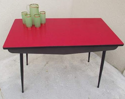 tables formica rouge
