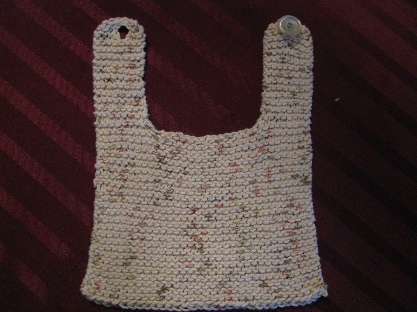 Infinity Scarf Free Knitting Patterns : Chris Knits in Niagara: Quick Knit Baby Bib