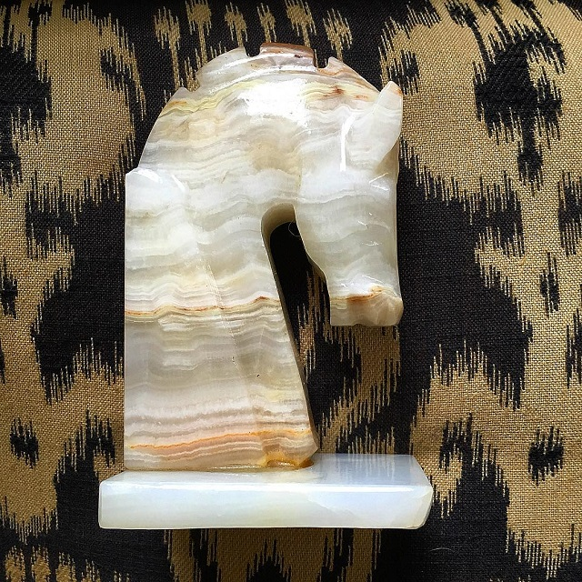 #thriftscorethursday Week 90 | Instagram user: mariaski63 shows off this Horse Bookend