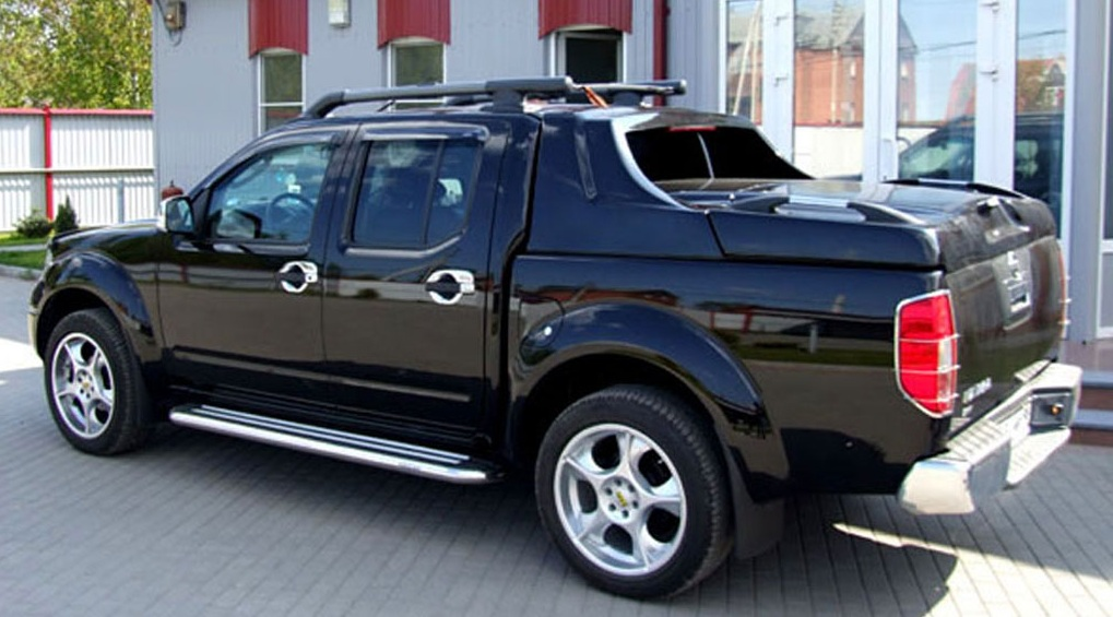 Nissan D40 Hard Cover. Made from high strength double skinned fibreglass. & 4X4 Hard Covers and Canopies