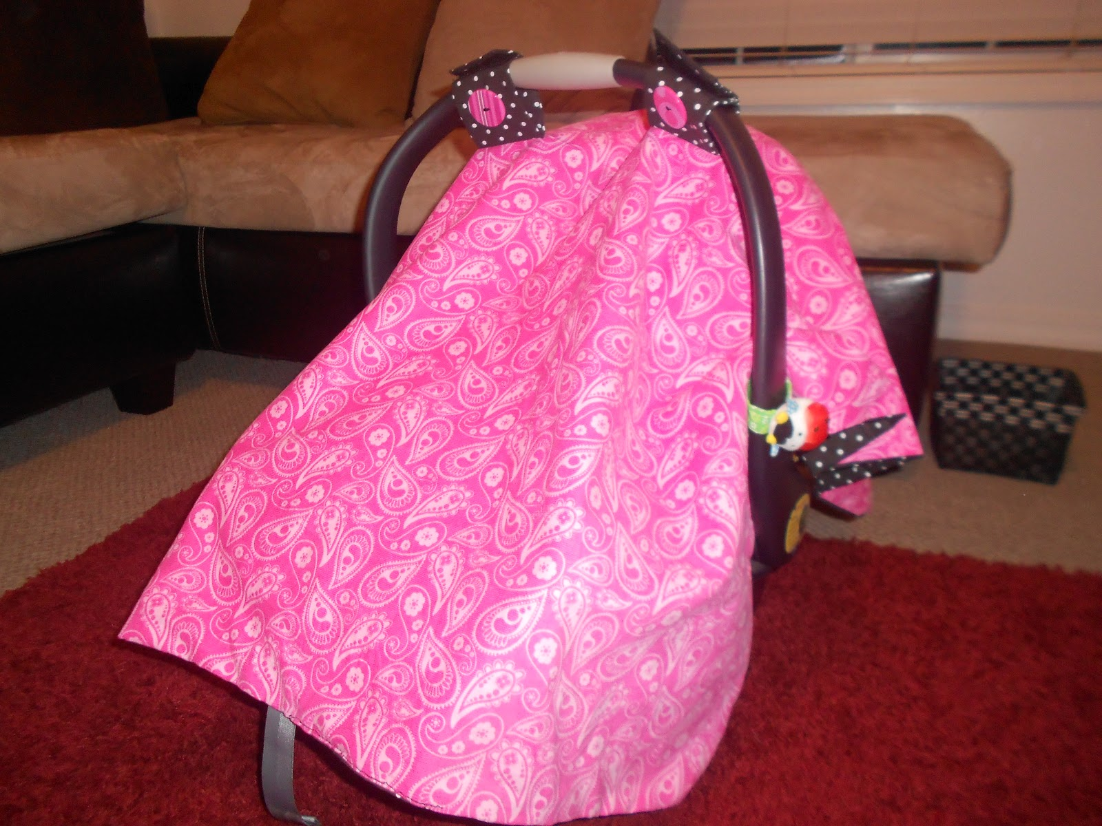 crafty mormon momma project 1 paisley polka dot car seat cover. Black Bedroom Furniture Sets. Home Design Ideas
