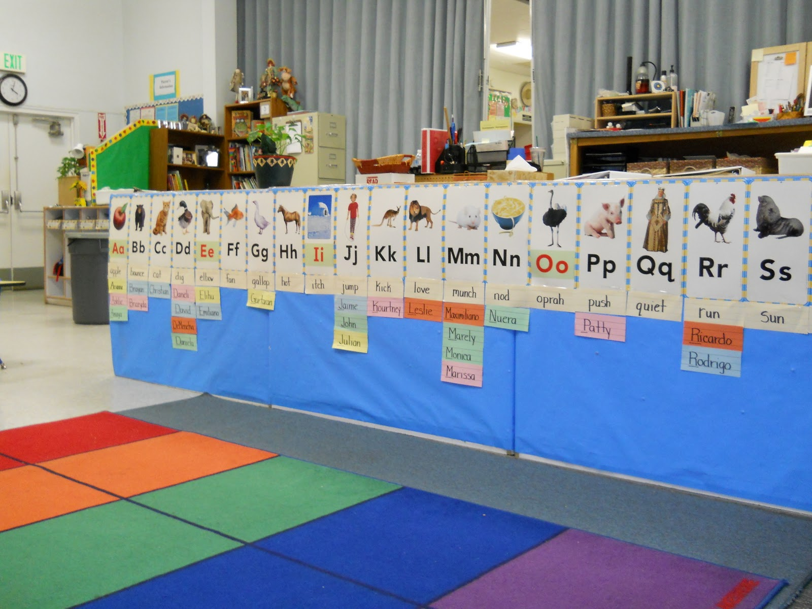 Wall colors for preschool rooms - Best Paint Colors For Preschool Classrooms Word Walls In Preschool
