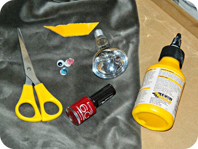 What you need to make your lightbulb robin