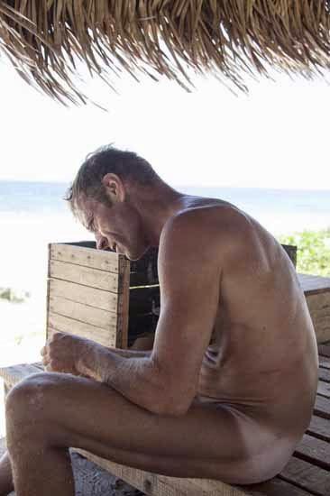 rocco+nudo+isola