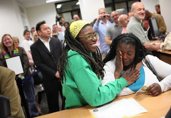Civil Unions Begin In Chicago Black Lesbian Couple First In Line