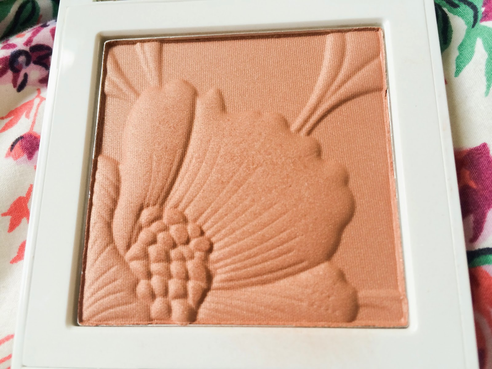 Clinique Fresh Bloom in Almond Blossom