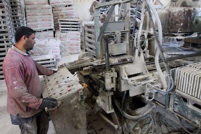 90% pabrik Gaza terancam berhenti beroperasi karena krisis listrik