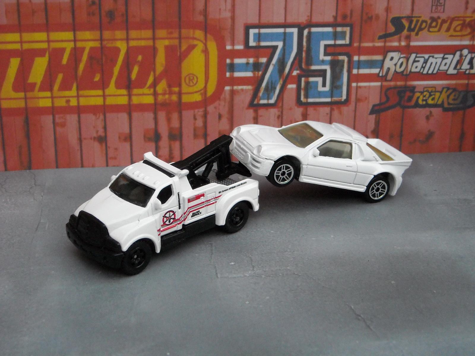 http://1.bp.blogspot.com/-QD25hrMSFqU/Tkq3I_9JuRI/AAAAAAAADr8/LNGRjt3YKIE/s1600/matchbox_tow_truck_4.JPG