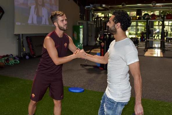 Gabung AS Roma, Mohamed Salah Pakai Costum Nomor 11