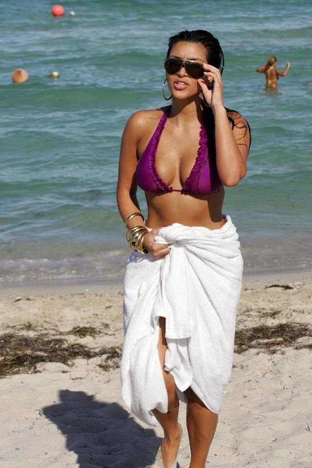 Kim Kardashian Beach Candid