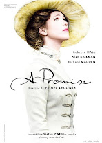 A Promise<br><span class='font12 dBlock'><i>(Une promesse (A Promise))</i></span>